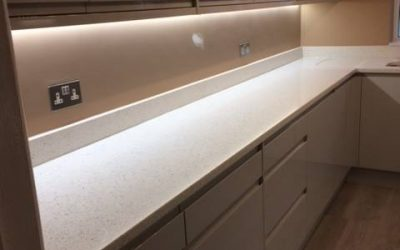 Kitchen with quartz worksurfaces